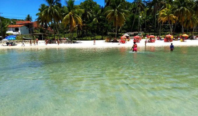 Praia das Neves: como chegar ao Caribe soteropolitano da Ilha de Maré